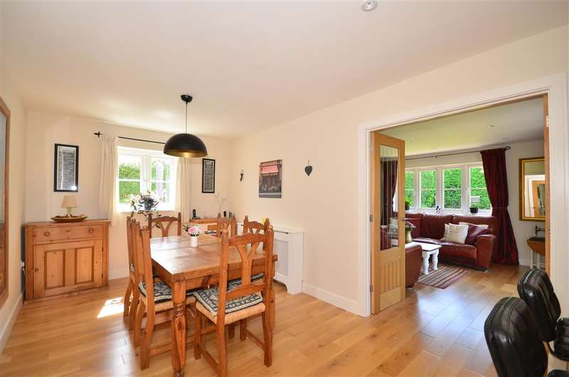 4 Bedrooms Detached House for sale in High Street, Whitwell, Ventnor, Isle of Wight