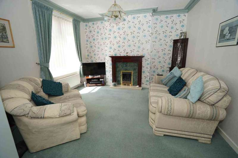 3 Bedrooms Terraced House for sale in Tomlinson Street, Horwich