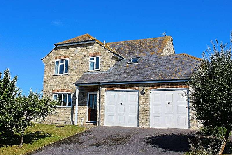 4 Bedrooms Detached House for sale in North Hill Close, Bridport