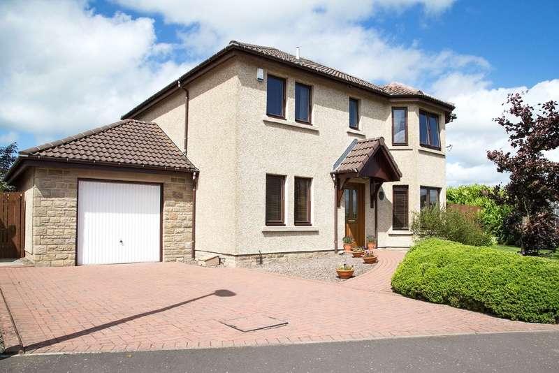 4 Bedrooms Detached House for sale in Levenbridge Place, Kinross
