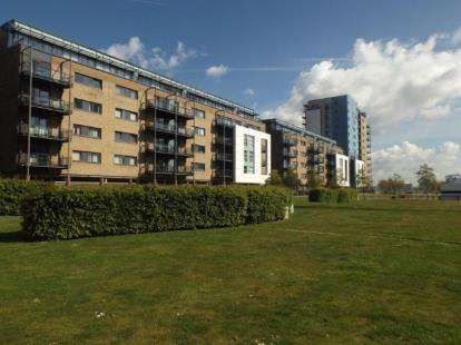 1 Bedroom Flat for sale in Jones Point House, Prospect Place, Cardiff Bay, Cardiff
