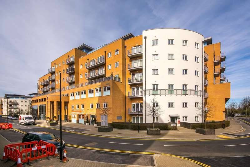2 Bedrooms Flat for sale in Whitestone Way, Croydon, CR0