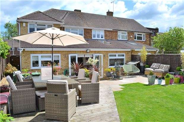 5 Bedrooms Semi Detached House for sale in Montfort Road, Kemsing, Sevenoaks, Kent, TN15 6SA