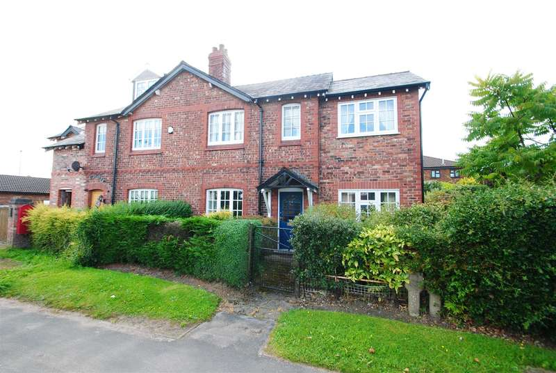 3 Bedrooms Property for sale in London Road, Appleton, Warrington, WA4