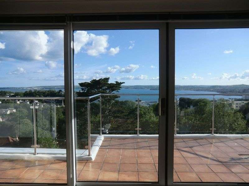 3 Bedrooms Flat for sale in Lower Warberry Road, Torquay