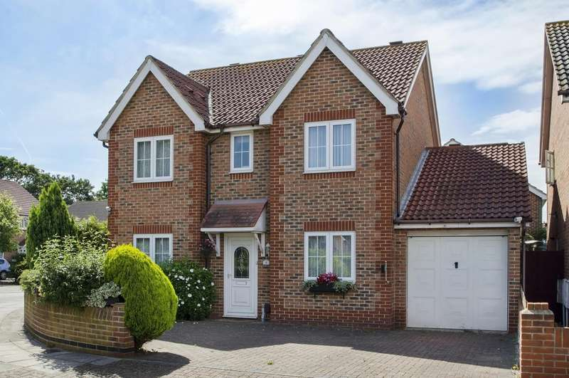 4 Bedrooms Detached House for sale in Southsea, Hampshire