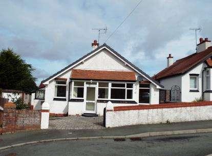 House for sale in Melyd Avenue, Prestatyn, Denbighshire, LL19