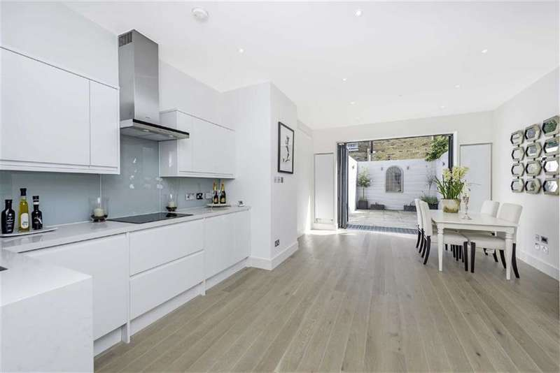3 Bedrooms Flat for sale in Delaford Street, London, London