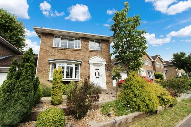 3 Bedrooms Detached House for sale in Boyatt Wood, Eastleigh