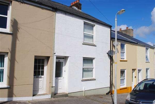 2 Bedrooms Terraced House for sale in Market Street, Pembroke Dock
