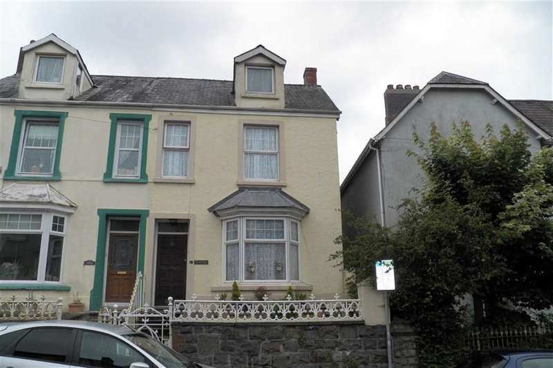 4 Bedrooms Property for sale in Waterloo Terrace, Carmarthen