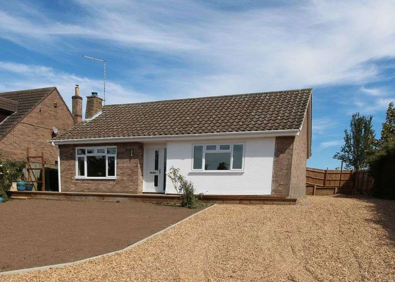 3 Bedrooms Detached Bungalow for sale in Exceptional renovated bungalow, Manthorpe, Bourne
