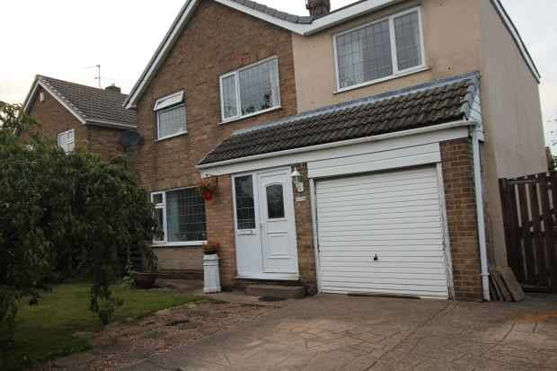 4 Bedrooms Detached House for sale in Hollygarth Lane, Beal, North Humberside, DN14 0SX