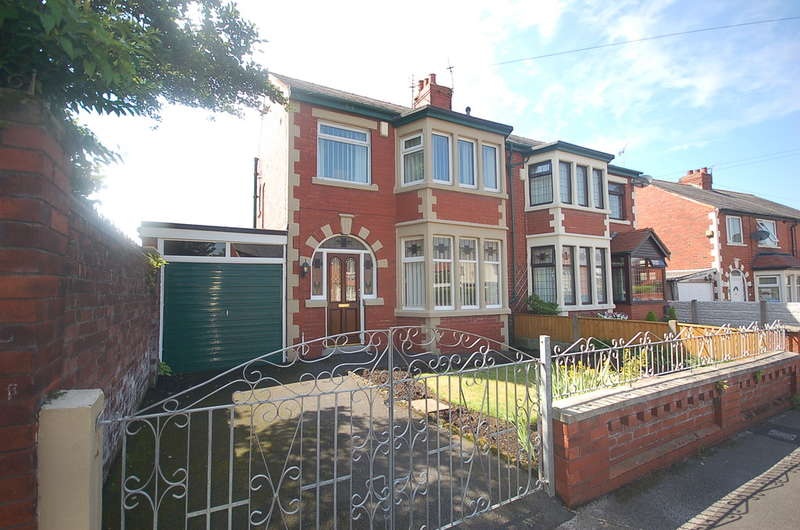 3 Bedrooms Semi Detached House for sale in Annesley Avenue, Blackpool
