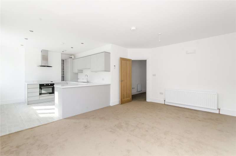 2 Bedrooms Flat for sale in Hill House Road, London, SW16