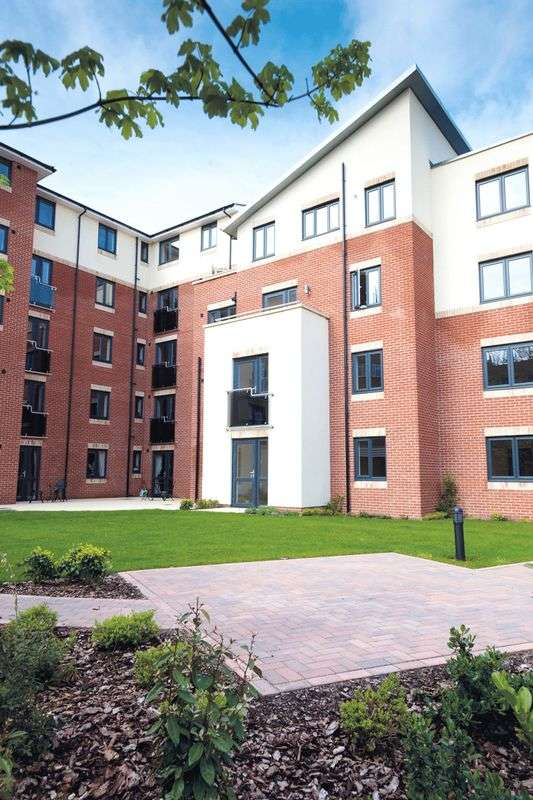 1 Bedroom Retirement Property for sale in Bournemouth, Osbourne Lodge