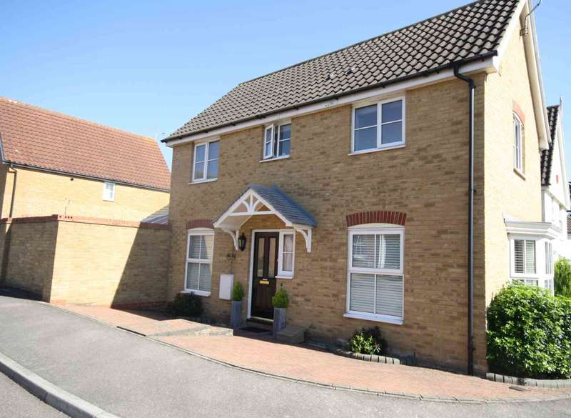3 Bedrooms Detached House for sale in Royal Oak Chase, Laindon