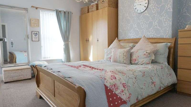 2 Bedrooms Terraced House for sale in Liverpool Road, Warrington