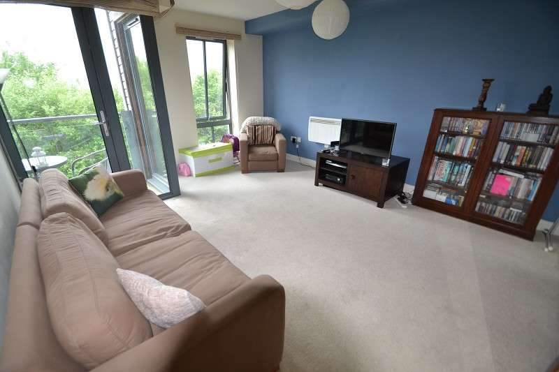 1 Bedroom Apartment Flat for sale in Samuels Crescent, Whitchurch, Cardiff. CF14 2TH