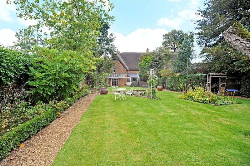 3 Bedrooms Semi Detached House for sale in Cumberford, Bloxham, Banbury, Oxfordshire, OX15
