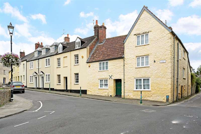 3 Bedrooms Property for sale in Kingsbury Street, Calne