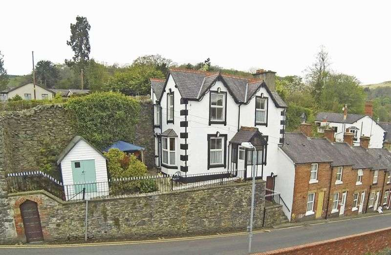 3 Bedrooms House for sale in Hill Street, Llangollen