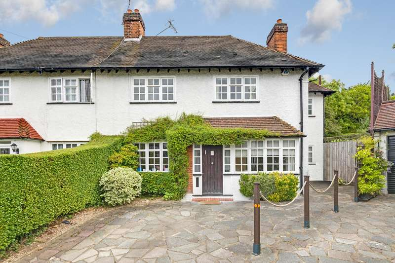 3 Bedrooms House for sale in Brookland Close, Hampstead Garden Suburb