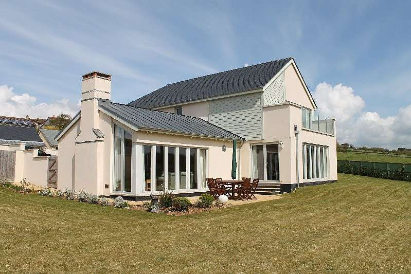 4 Bedrooms Detached House for sale in Osprey House, 5 Edwards Close, Thurlestone, Kingsbridge