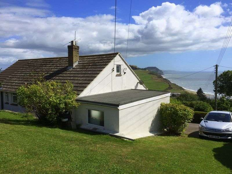 3 Bedrooms Detached Bungalow for sale in West Cliff Road, Charmouth DT6 6 BG