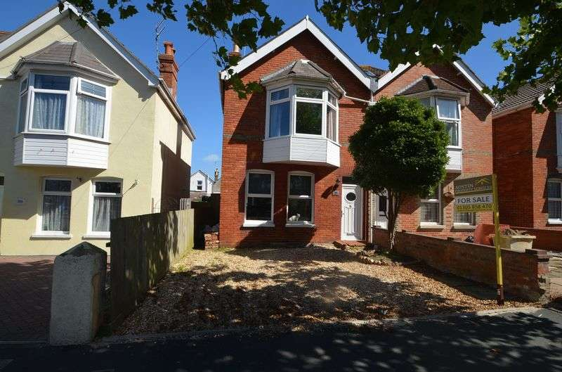 3 Bedrooms Semi Detached House for sale in Dorchester Road, Weymouth