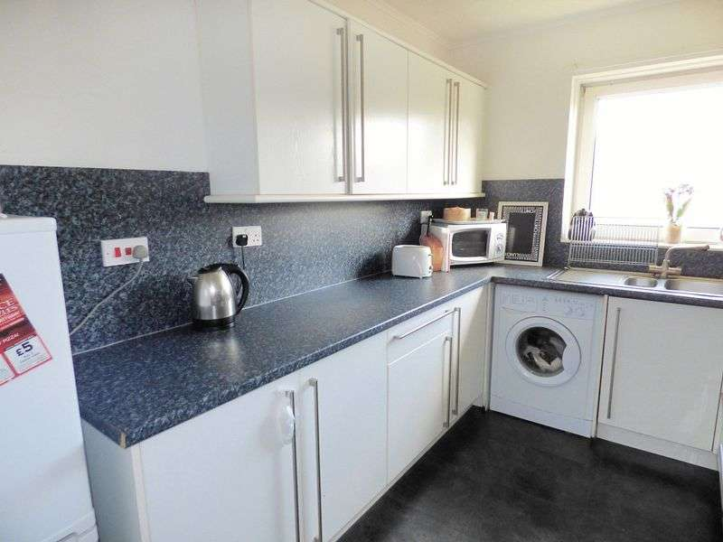 3 Bedrooms Flat for sale in Forrester Park Loan, EH12 9AG