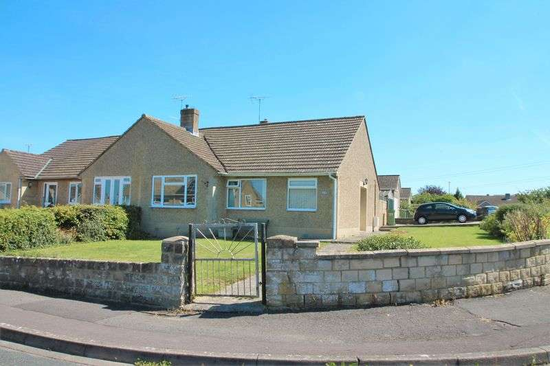2 Bedrooms Semi Detached Bungalow for sale in North Hill Road, Cirencester, Gloucestershire