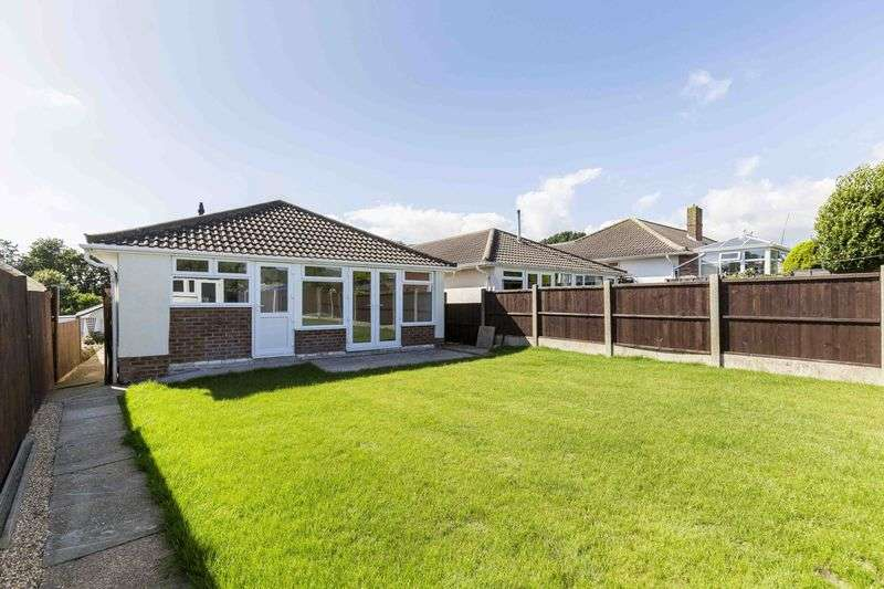 3 Bedrooms Detached Bungalow for sale in Beaufort Avenue, Fareham