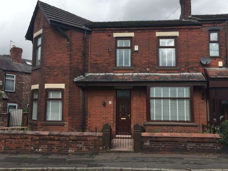 3 Bedrooms Semi Detached House for sale in Eastwood Road, Manchester