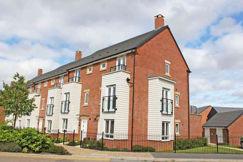 2 Bedrooms Duplex Flat for sale in Blackthorn Road, Didcot