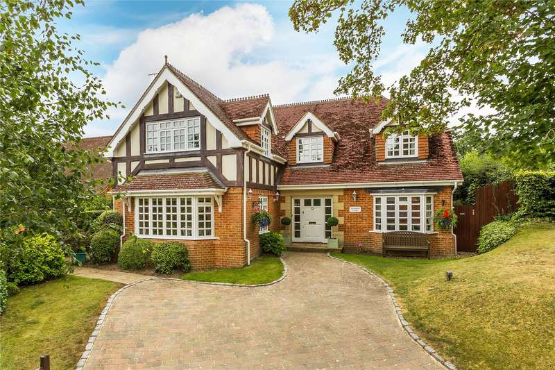 5 Bedrooms Detached House for sale in Watersplash Lane, Ascot, Berkshire, SL5