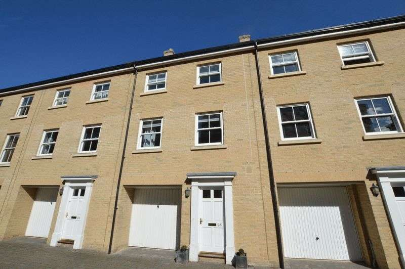 4 Bedrooms House for sale in Kilderkin Way, Norwich
