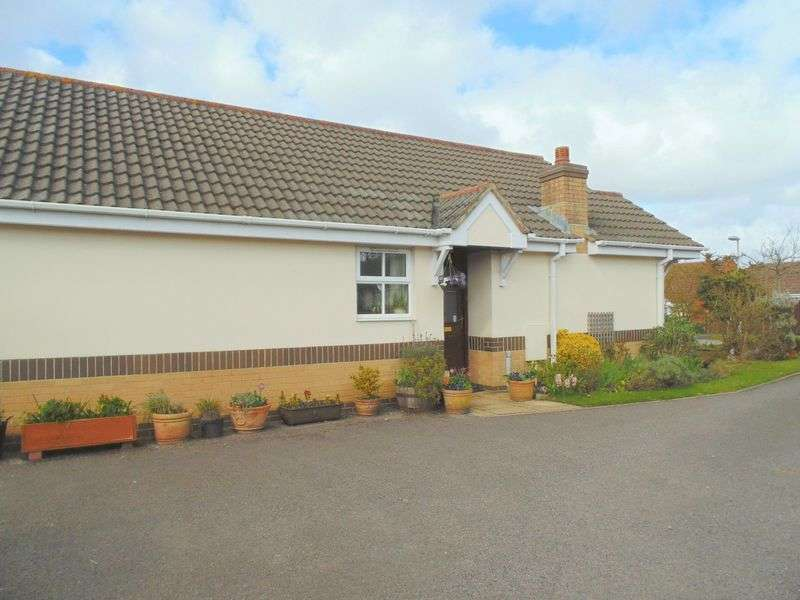 3 Bedrooms Detached Bungalow for sale in Winkleigh