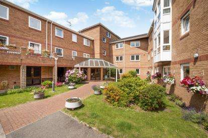 2 Bedrooms Retirement Property for sale in Church Road, Newton Abbot, Devon