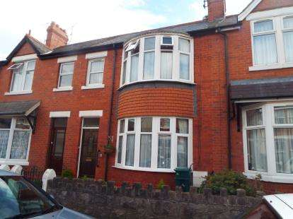 3 Bedrooms Terraced House for sale in Erw Wen Road, Colwyn Bay, Conwy, LL29