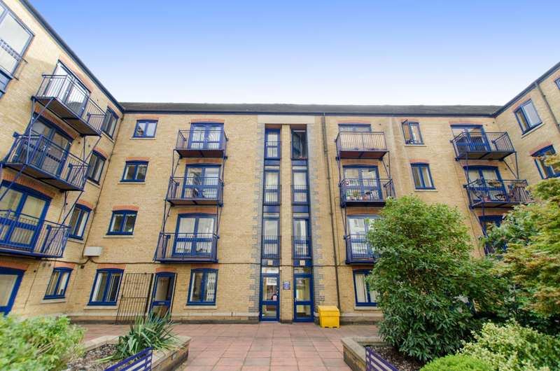 1 Bedroom Flat for sale in East Ferry Road, Canary Wharf, E14