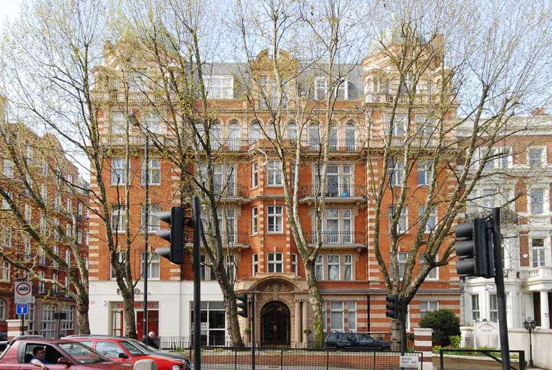 4 Bedrooms Flat for sale in Blomfield Court, Little Venice, W9