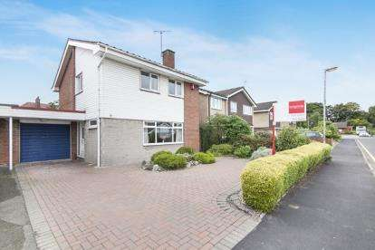 3 Bedrooms Link Detached House for sale in Elmstead Road, Chelford, Cheshire
