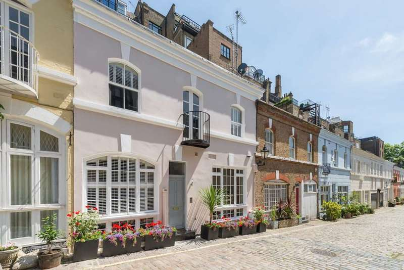 3 Bedrooms Mews House for sale in Ennismore Gardens Mews, Knightsbridge, SW7