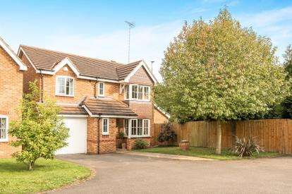 4 Bedrooms Detached House for sale in Wilmhurst Road, Warwick