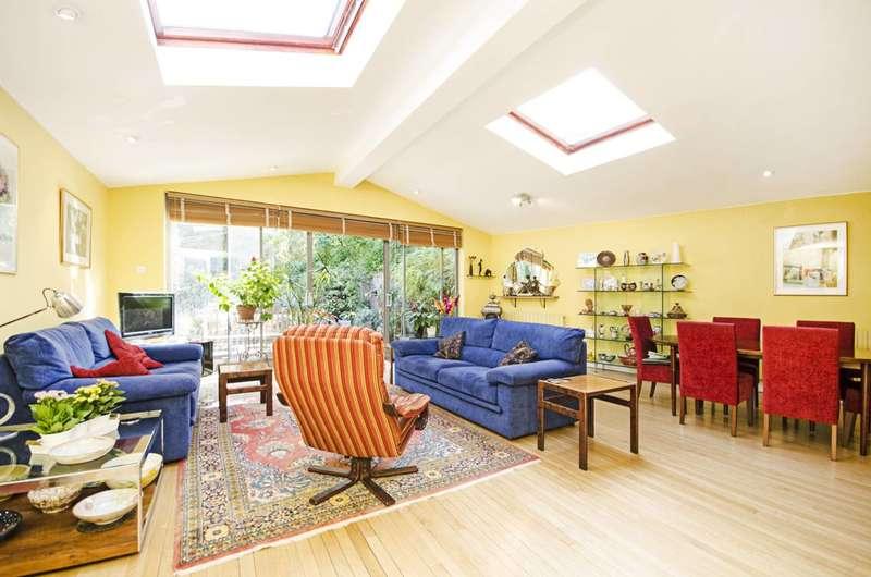 3 Bedrooms House for sale in Hoop Lane, Golders Green, NW11