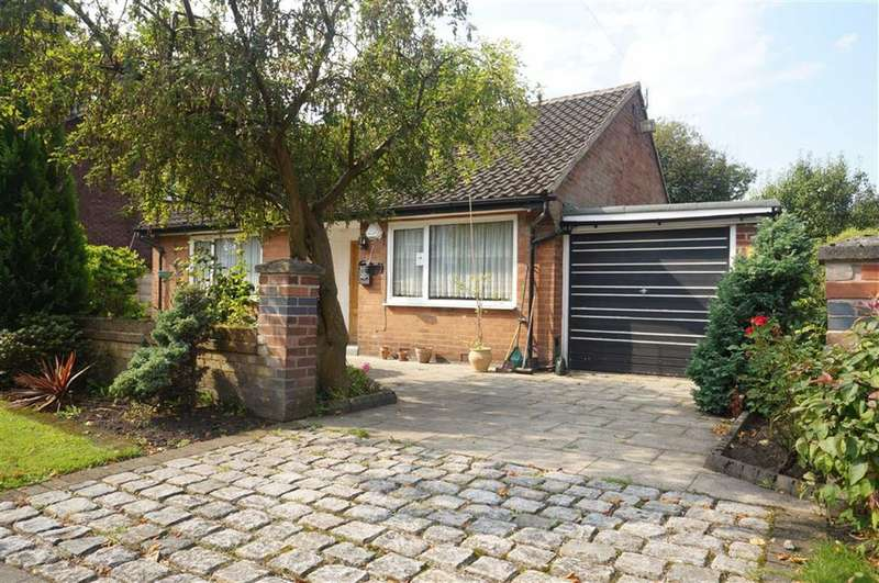 3 Bedrooms Property for sale in Woodlands Road, Whalley Range, Manchester, M16