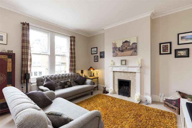 3 Bedrooms Maisonette Flat for sale in Halford Road, Richmond, TW10