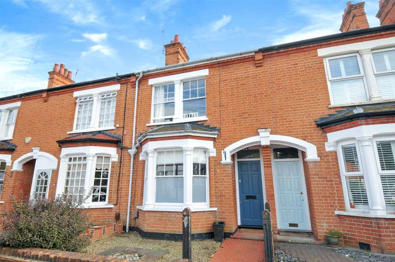 3 Bedrooms Terraced House for sale in Kingsley Road, Pinner, Middlesex, HA5