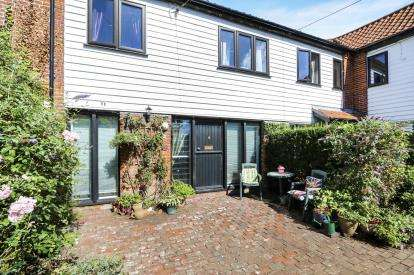 2 Bedrooms Terraced House for sale in East Harling, Norwich